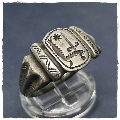 ** HAND HOLDING A SWORD ** ancient LEGIONARY SILVER ROMAN or BYZANTINE RING!!!