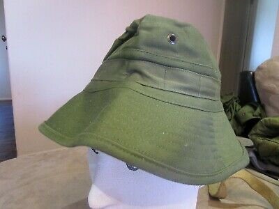 Australian Army Issue Giggle Hat, dated 1984. Brand new.