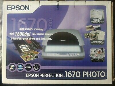 Epson Perfection 1670 PHOTO Scanner - with kit for scanning Slides and Negatives