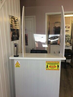 High Impact PPE Sneeze Guard Clear Acrylic Plastic Screen Stable Cashier Shop
