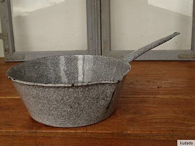 Nr.L8516 Email Saucepan - Enamel Pot - Casserole Dish with Handle With Nose