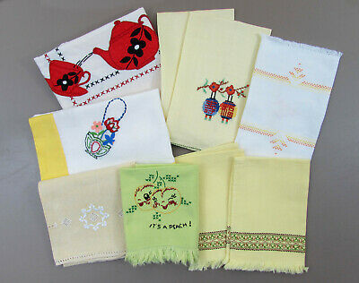 Vintage kitchen linen lot - tablecloths, runner, tea towels