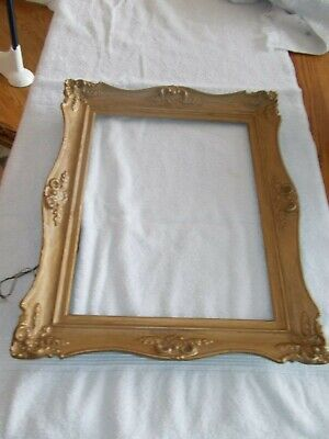 """VTG Wooden Antique Gold Ornate Picture Frame with Wire, 17 3/8"""" x 14 3/8"""""""