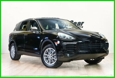 2016 Porsche Cayenne  2016 Porsche Cayenne Black on Black Nicely Equipped