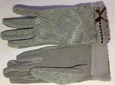 Gray Lacy Driving Touchscreen Gloves, Size Medium By Ambesi