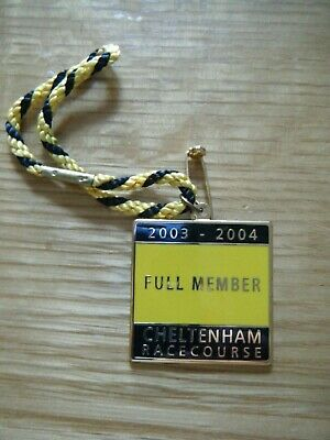 2003 / 2004 Cheltenham Horse Racing Enamel Members Badge