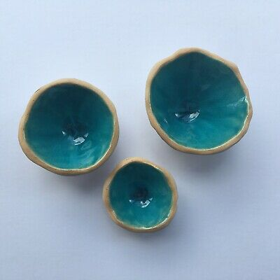 Set Of 3 Brand New handmade Ceramic Jewellery Pots In A Teal Blue
