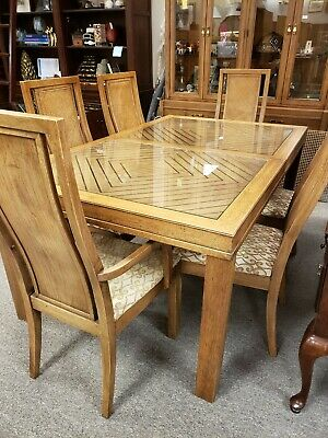 Thomasville Furniture Dining Table and Chairs