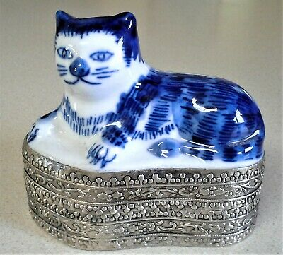Blue & White Porcelain China Cat on Top of Silver Metal TRINKET Box - NICE!