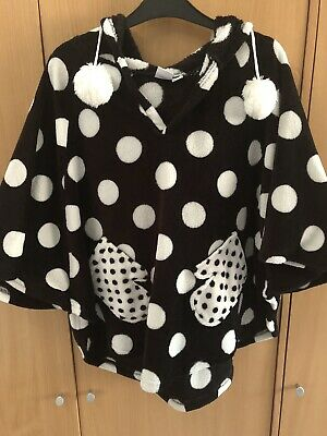 Ladies Minnie Mouse Dressing Gown Poncho One Size With Hood And Pockets