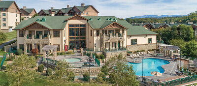 Summer Vacation.- WYNDHAM SMOKY MTNS. 2 Bdrm Deluxe 4 nts  July 7,8,9,10 Occ 4