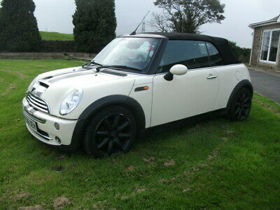 mini cooper convertible spares or repairs     REDUCED  no email  text or plz