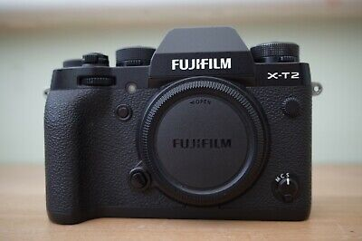Fujifilm X-T2 Digital Camera / Fuji X-T2 / Boxed / Vgc / Black / Body Only