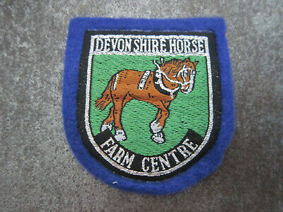 Vintage The Courage Shire Horse Centre Maidenhead Souvenir Patch Sew On Badge Shield Retro Sew Embroidered On Backpacker Jacket Badge