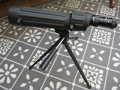 Tasco Spotting Scope with Tripod in Carry Case Pre-owned