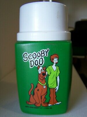 SCOOBY DOO - 1973 ORIGINAL LUNCH BOX  THERMOS vintage . nice !!!!!!!!
