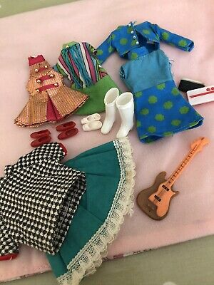 Vintage Pippa Dolls Outfits