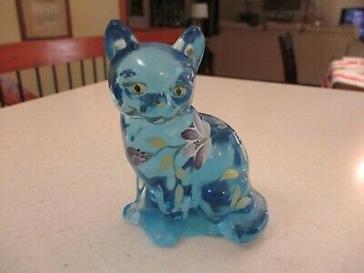 Fenton Hand Painted Cat , Artist Signed , BEAUTIFUL ICE BLUE COLOR , VERY NICE !