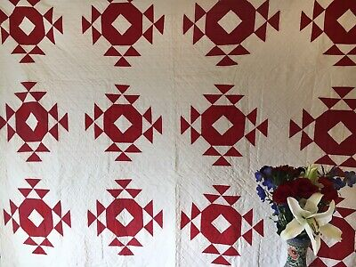 Striking Red And White Rolling Stone Quilt 1900