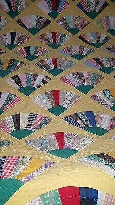 Antique Yellow Fan Quilt 64x78 hand stitched
