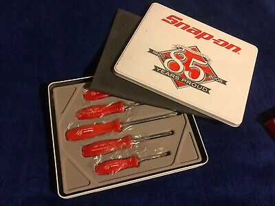 SNAP ON   boxed commemorative set of 5 screwdrivers
