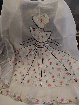 Vintage Handmade Ladies  Apron With Pretty Embroidered Lady & Flowers