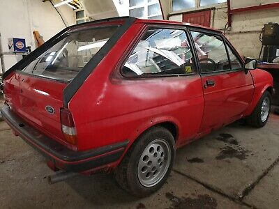 Ford fiesta mk2 XR2 restoration project