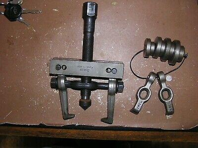 Snap On Gear Bearing Puller CJ86-1 w/2 Sets of Jaws 4 Centering Plates FREE Ship
