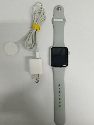 Apple Watch Series 3 42mm Silver Aluminium Case GPS and Cellular, Band SIze S/M