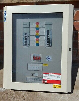 Hager 3 Phase Distribution Board, 6 Way With Breakers
