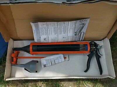 Pointing and grouting gun