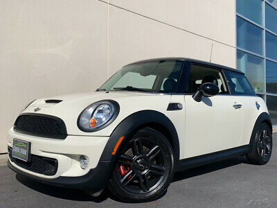 2011 Mini Cooper S  110 HIGH QUALITY PICTURES! 2 OWNER CLEAN CARFAX! SUPER LOW MILES! HEATED SEATS!