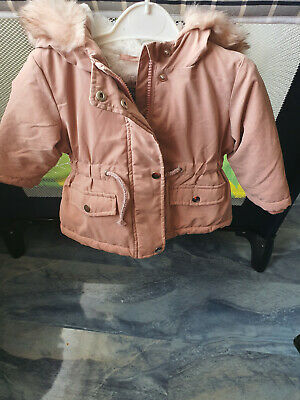 Baby girls  pink winter hooded jacket 3 -6 months, great style,