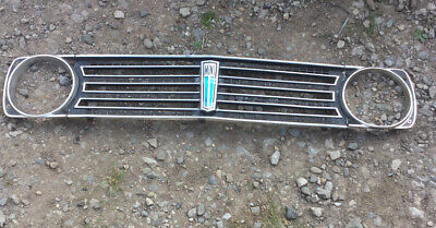 Classic Mini Clubman 1100 1275 GT Grille Long Blue Badge