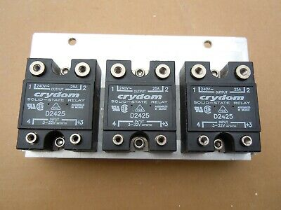 Crydom D2425 Solid State Relay, 3 Relays mounted on Aluminum Heatsink