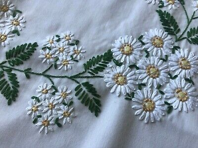 "Vintage Hand Embroidered White Daisy Design Tablecloth 67"" X 49"" Scalloped Edge"