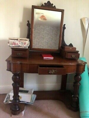 *FARM CLEARANCE* - Antique Dressing Table