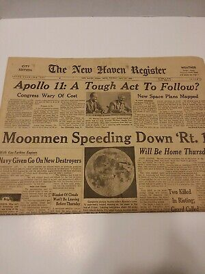 Bundle Lot Of 12 Historical Moon Landing FROM JULY 1969 Newspapers ResellOn Ebay