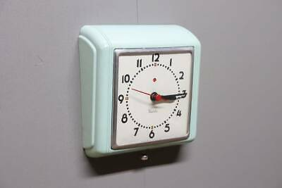 1950S Wall Hanging Clock West Clox Kitchen / Vintage Antique Industrial
