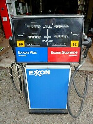 Exxon Gas Pump..plus And Supreme Unleaded Gas....2 Station Pumping.