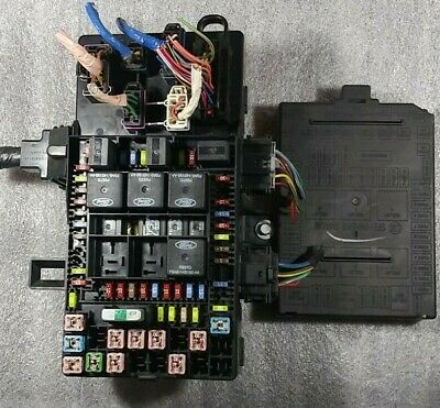 2004 Ford F-150 Fuse Box Power Distribution 4L3T 14A067-BH