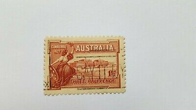 A 1927 Australian stamp. Opening of Parliament.