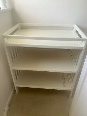 Ikea White Baby Changing Table (Gulliver)