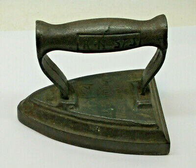 Antique Smoothing Iron  J&J Siddons No 4. 1.7 Kilo Flat Iron Doorstop