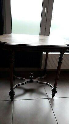 ancienne table d'appoint