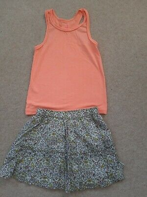Girls Pretty Summer Outfit Vest/Skirt Age 8 Excellent Condition