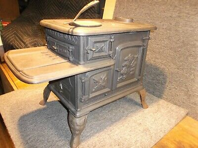 Antique Charter Oak G.F Filley NO 30 Toy Stove St.Louis 1871 Old Cast Iron NICE!