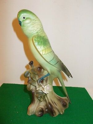 "Vintage 10"" Green Bird Canary on Stump Figurine, Pretty"