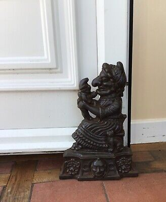 Cast Iron doorstop - Punch and Judy - Judy