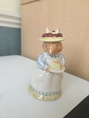 Royal Doulton Brambly Hedge Figurine - Mrs Apple - Boxed - Perfect
